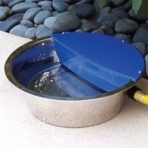 "Bear Bear Pet Sir Aqua II Automatic Float Waterer 1.8 gallon Silver / Blue 13.5"" x 13.5"" x 4.5"""